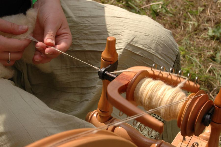 Czech handmade products from the Sheltered Workshops Kopeček - spinning wheel.